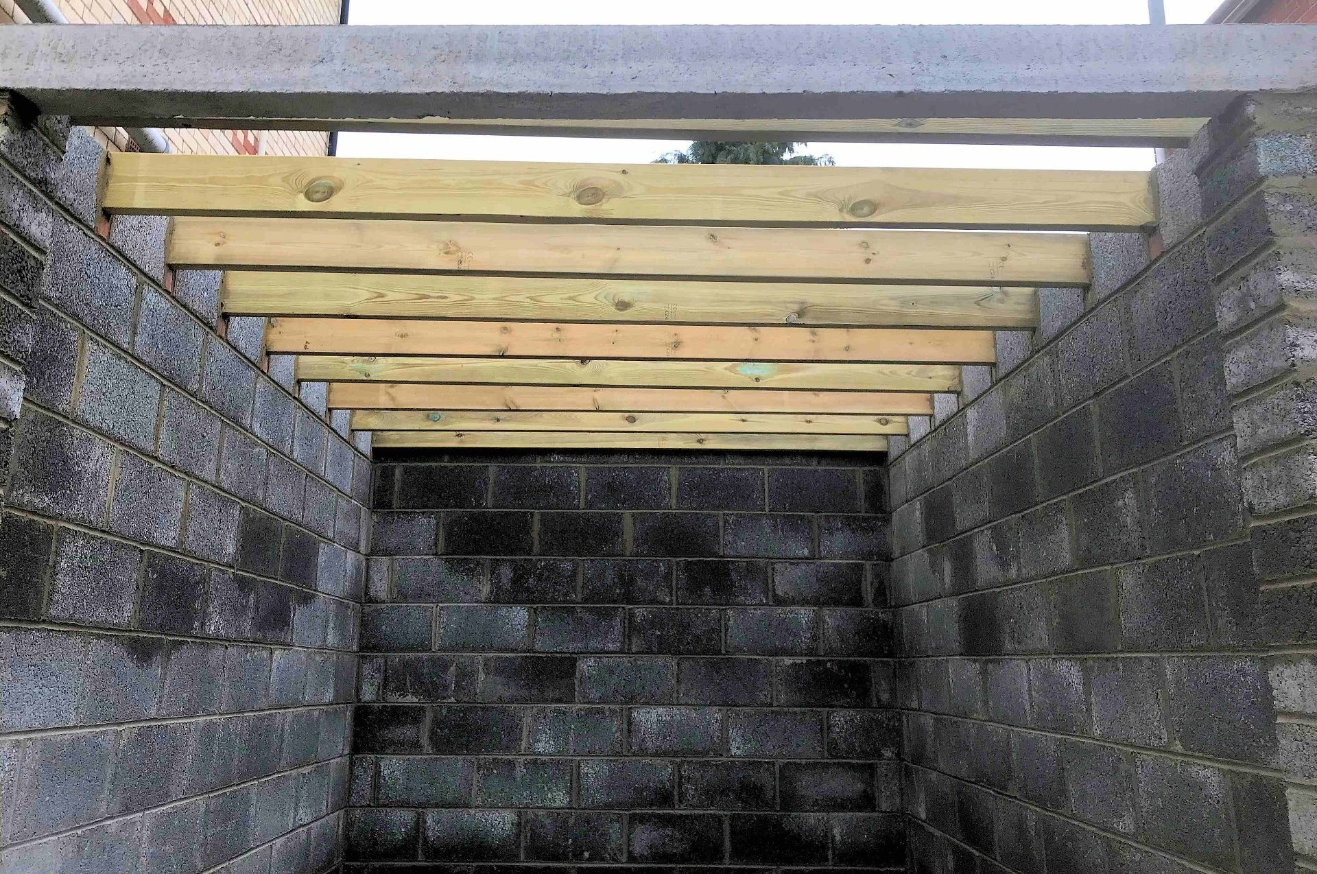Construction of garage a rebuild in Banstaple North Devon